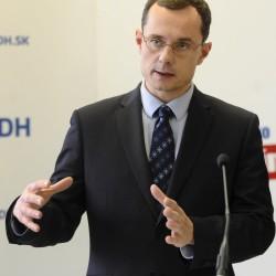 Radoslav Procházka: Zákonov a regulácií je príliš veľa