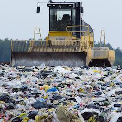 Viac odpadu vo svete problémom nie je. Boj proti nemu môže byť
