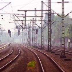 Programové vyhlásenie vlády: Doprava a bývanie – účtovné triky, pseudoekológia a štátne podnikanie